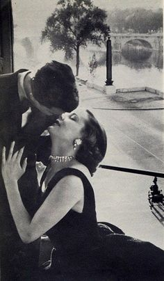 """photo from """"Evening in Paris"""" Perfume Ad 1950s"""