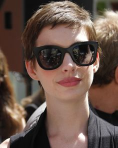 Find out how to get amazing lips like Anne Hathaway on this blog post.