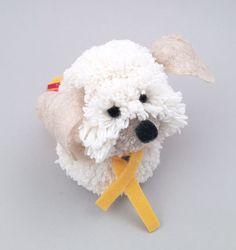 Este cachorrinho de pompom pode ter o estilo que você quiser (Foto: handmadecharlotte.com)