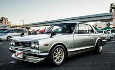 Nissan Skyline GT-R - Normally not a fan of imports, but i've always liked the Skyline.