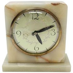 Vintage Art Deco Marble Clock ($115) ❤ liked on Polyvore featuring home, home decor, clocks and marble home decor