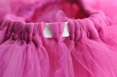 Sewing Baby Skirt Tulle Tutu 67 Ideas For 2019 Tulle Skirt Kids, Tutu En Tulle, Diy Tutu Skirt, Tulle Skirt Tutorial, Baby Skirt, Tulle Dress, Tutu Skirts, Tutu Dresses, Tool Skirt Diy