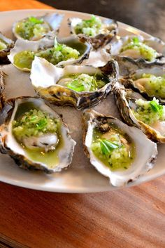Shipping Wine To Maryland Seafood Recipes, Cooking Recipes, Healthy Recipes, Yummy Appetizers, Appetizer Recipes, Tapas, Gin Und Tonic, Ny Food, Oyster Recipes