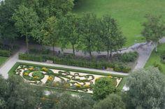 Oud-Hollandse tuin in Het Park bij de Euromast Rotterdam
