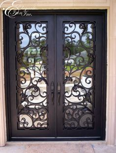 Wrought iron front door rustic Ideas for 2019 Iron Front Door, Double Front Doors, Glass Front Door, Front Door Design, Front Door Colors, Entrance Doors, Patio Doors, Wrought Iron Doors, Rustic Doors