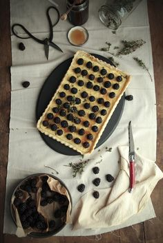 blackberry goat cheese tart