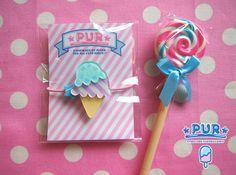 ハンドメイドマーケット minne(ミンネ)| プラバン ♡ アイスクリームヘアゴム Plastic Board, Shrink Art, Diy And Crafts, Pin Up, Kawaii, Shrink Plastic, Candy, Cute, Kids