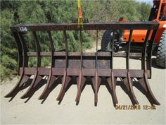 CATERPILLAR Rake Attachment for sale located in Barstow, CA. Rock & Dirt, your source for CATERPILLAR Rake Attachments Search of listings updated daily by dealers & private sellers. Rock & Dirt inv ID 7051172 Skid Steer Attachments, Farming Ideas, Magnetic Knife Strip, Caterpillar, Knife Block, Tools, Rock, Usa, Outdoor Decor