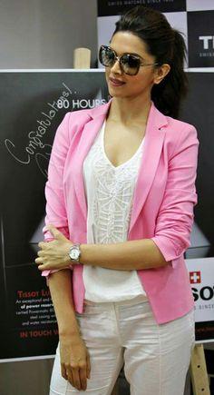 Beauty Queen Deepika Padukone <3