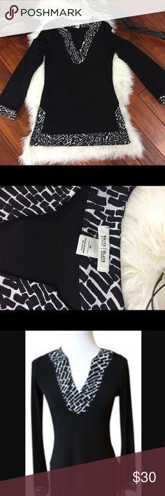WHBM Tunic!! White House Black Market Tunic gently worn White House Black Market Tops
