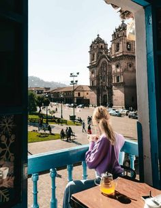 Cusco, a charming little cobblestone-street city in Peru used as a base to visit Machu Picchu and the Sacred Valley. These are the things to do in Cusco. Machu Picchu, Lima City, Travel Pose, Hiking Tours, Cusco Peru, Best Flights, Peru Travel, The Beautiful Country, South America Travel