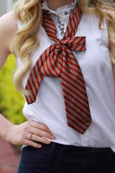 A Tie in a Bow | Elements of Ivy