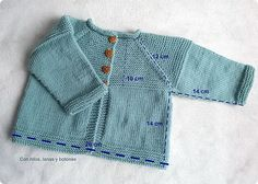 With threads, wool and buttons: DIY how to make a cardigan for babies Baby Boy Knitting Patterns, Baby Sweater Knitting Pattern, Free Baby Blanket Patterns, Baby Boy Crochet Blanket, Baby Hats Knitting, Knitting For Kids, Crochet Baby, Baby Cardigan, Diy Crochet Cardigan