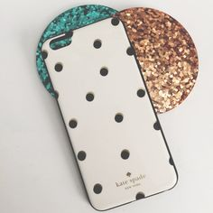 Kate Spade iPhone 6 Plus Case Gently used light scratches. Authentic kate spade Accessories Phone Cases