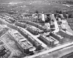 Fatima Mansions, Rialto 1950 Old Pictures, Old Photos, Photo Engraving, Dublin City, Dublin Ireland, Archipelago, Paris Skyline, City Photo, England