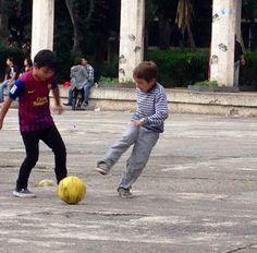 Street soccer in parque Mexico DF