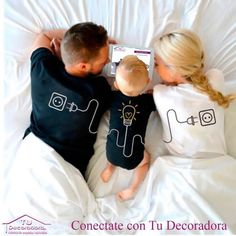 Mom And Baby Outfits, Couple Outfits, Matching Family Outfits, Boy Outfits, Couple Shirts, Family Shirts, Cute Baby Pictures, Baby Photos, Cute Kids