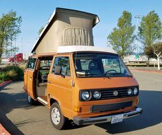 With only 5,000 miles on a New Turbo Diesel engine, along with upgrade transmission, this sweet Westy will sell quickly at only $20k.