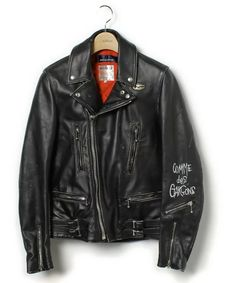 Leather jackets really are a crucial component to every man's clothing collection. Men need to have outdoor jackets for a number of functions and several weather conditions Men's Leather Jacket, Vintage Leather Jacket, Biker Leather, Leather Men, Leather Fashion, Mens Fashion, Custom Leather Jackets, Riders Jacket, Bomber Jacket