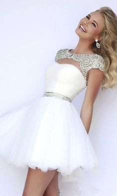Shop prom dresses and long gowns for prom at Simply Dresses. Floor-length evening dresses, prom gowns, short prom dresses, and long formal dresses for prom. Cute Homecoming Dresses, Hoco Dresses, Pretty Dresses, Beautiful Dresses, Evening Dresses, Dress Prom, 8th Grade Prom Dresses, Sherri Hill Prom Dresses Short, White Homecoming Dresses Short