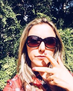 "26 mentions J'aime, 1 commentaires - 🎀Blogueira🎀 (@lena__gomes) sur Instagram: ""Um bom sábado para todos! #fotododia #blog #blogger #bloggerlife #styleblog #blogueuse #blogueira…"" Sunglasses Women, 1, Instagram, Fashion, Good Saturday, Moda, La Mode, Fasion, Fashion Models"