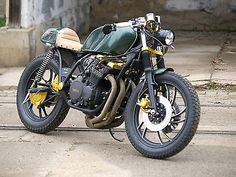 Yamaha CAFE RACER BUILD MCQUEENS TOY BY BLACK CLOUD als Naked Bike in Brno