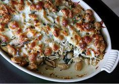 Mom's Baked Chicken and Spinach Pasta #casserole #recipe