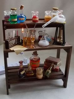Jekyll or Sherlock Holmes / Chemist Laboratory Work Table Haunted Dollhouse, Dollhouse Miniatures, Sherlock Holmes, Mad Scientist Lab, House Games, Chemistry Labs, Mini Things, Small Things, Game Item