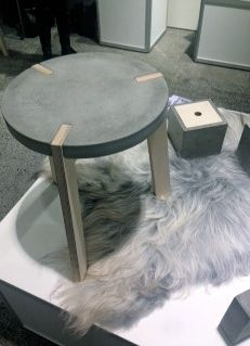 Concrete - do it yourself- Beton – Dekoration Selber Machen concrete - Concrete Stool, Concrete Furniture, Concrete Art, Concrete Design, Concrete Garden, Concrete Cloth, Cement Art, Cement Planters, Diy Furniture Table