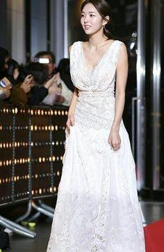 Chae Soobin, Korean Beauty, Formal Dresses, Wedding Dresses, Actresses, Model, Fashion, Dresses For Formal, Bride Dresses