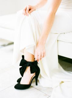 Pretty black heels: http://www.stylemepretty.com/2015/04/28/modern-melrose-mansion-wedding-inspiration/ | Photography: Sarah Beth - http://sbethphoto.com/