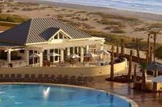 Omni Amelia Island Plantation Resort: 42 Beach lagoon Rd, Amelia Island Plantation, Fernandina Beach, FL    (904) 696-2343    $$$$     Like any extensive project, areas of the resort are still undergoing their final touches, but the hotel and all of its amenities are open and ready to enjoy.  Explore 3.5 miles of pristine beach  Small sized (max. 25 lbs) dogs and cats accepted with a $50 pet fee per stay.   http://www.petfriendlyjacksonville.com/hotels.html