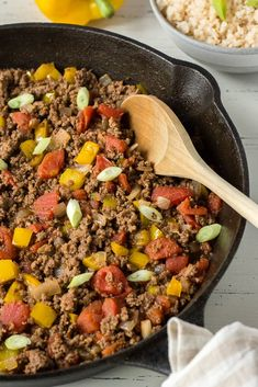 This Mexican Ground Beef Skillet is an easy and healthy dinner recipe for busy families. It's super versatile and can be eaten on its own, with veggies, or used in tacos. It's also gluten free, paleo, and compliant. Dairy Free Recipes, Veggie Recipes, Healthy Recipes, Gluten Free, Pork Recipes, Beef Skillet Recipe, Vegan Fajitas, Broccoli Potato Soup, Pecan Crusted Chicken