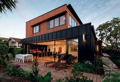 For the owners of this Auckland house, maximising the site to gain a variety of … - Modern Cantilever Architecture, Modern Architecture House, Modern House Design, Architecture Design, Container Architecture, Style At Home, Passive House, Dream House Exterior, House Extensions