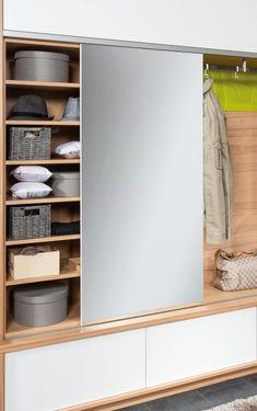 Vorzimmer | P.MAX Maßmöbel - Tischlerqualität aus Österreich Bathroom Medicine Cabinet, Dressing Room Closet, Mirrors, Home