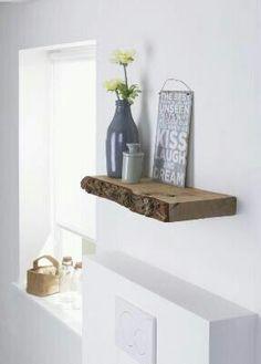 https://i.pinimg.com/236x/12/dd/1d/12dd1d1453ef95ec66dff9995a6122e7--planks-diy-wood-shelves.jpg