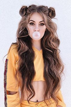 long hairstyles Best Hairstyles for Summer Music Festivals: Coachella Inspired. From double braids, to space buns, to glittery hair, we dissected this years music festival hair trends and compiled a list of looks that well be recreating all summer long. Try On Hairstyles, Summer Hairstyles, Trendy Hairstyles, Hairstyle Ideas, Long Curly Hairstyles, Hairstyles Tumblr, Hair Ideas, Instagram Hairstyles, Fashion Hairstyles
