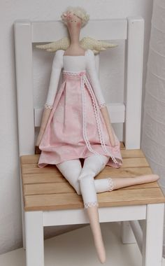 Vicky und Ricky: May 2014 Doll Clothes Patterns, Doll Patterns, Tilda Toy, Waldorf Dolls, Pretty Dolls, Doll Hair, Handmade Birthday Cards, Soft Dolls, Fabric Dolls