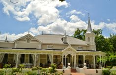 Paarl in Western Cape Area Overview Child Friendly, Places Of Interest, Old Town, Beautiful Gardens, Playground, South Africa, Menu, Trees, Mansions