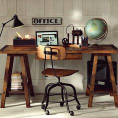 Trendy home office design simple desk ideas Ideas Industrial Home Offices, Industrial Office Design, Industrial Style, Industrial Desk, Home Office Desks, Home Office Furniture, Office Decor, Office Ideas, Furniture Ideas