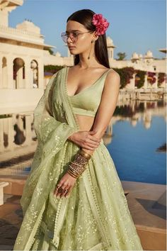 with ・・・ Sorbet hues Jewellery Courtesy: Sabyasachi Heritage Jewelry collection Indian Bridal Outfits, Indian Fashion Dresses, Dress Indian Style, Indian Designer Outfits, Pakistani Clothing, Abaya Style, Indian Lehenga, Lehenga Choli, Victorian Dresses