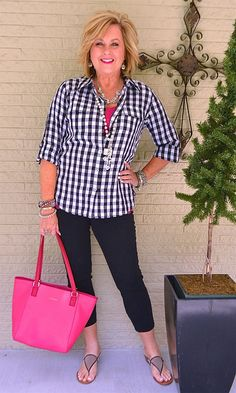 Best Fashion Tips For Women Over 60 - Fashion Trends Over 60 Fashion, Over 50 Womens Fashion, Black Women Fashion, 50 Fashion, Fall Fashion Trends, Look Fashion, Plus Size Fashion, Autumn Fashion, Fashion Outfits