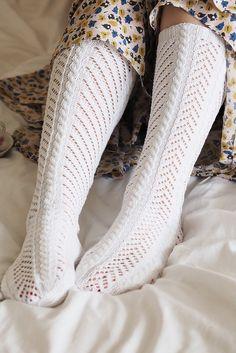Novita wool socks, Long lace socks made with Novita Huvila yarn - Super knitting Lace Socks, Wool Socks, Lace Knitting, Knitting Socks, Men In Heels, Stockings Legs, Long Winter, Knee High Socks, Boot Cuffs