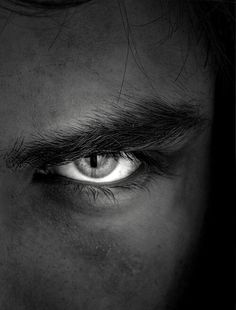 Discover recipes, home ideas, style inspiration and other ideas to try. Black And White Portraits, Black White Photos, Black And White Photography, Portrait Photography Men, Photography Poses For Men, Magic Eyes, Look Into My Eyes, Foto Art, Beautiful Eyes