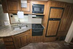 2016 New Crossroads Z-1 272BH Travel Trailer in Texas TX.Recreational Vehicle, rv, 2016 Crossroads Z-1272BH, 5 Function Remote, 6 Gallon Gas/Elec DSI Water Heater, Decor- Cobblestone, Electric Awning, LP Bottle Cover, Outside Shower, Power Tongue Jack, Range w/Oven, RVIA Seal, Skylight in Kitchen/Living Room, Skylight Over Tub, Spare Tire & Carrier, Winterization, Z1 Convenience Package,