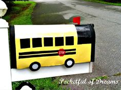 Cutest mail box I've seen in quite a while at Positively Splendid {Crafts, Sewing, Recipes and Home Decor} School Bus Driver, School Buses, School Fun, Back To School, Bus Crafts, Wheels On The Bus, Craft Show Ideas, 2nd Birthday Parties, Summer Crafts