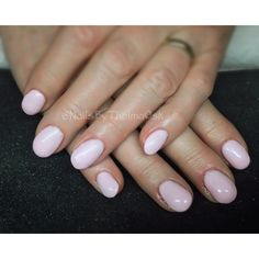 Smooth soft lady pink gel nails @nailsbythelmaosk