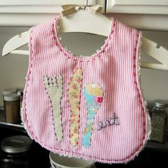 eat your peas and carrots bib