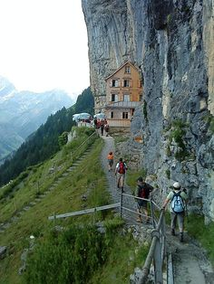 Das Gasthaus Aescher am Wildkirchl, Switzerland - Photos [hikr.org]