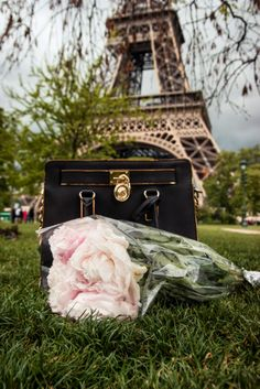 I don't think anyone truly understands how badly I NEED to go to Paris.... I can feel it calling me in my heart...